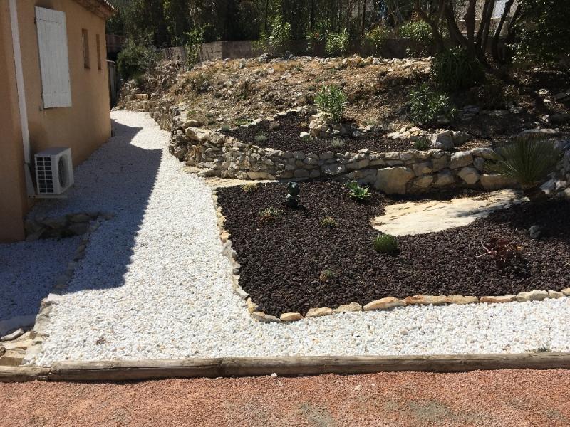 Vente d\'accessoires pour aménagement de jardin extérieur à ...